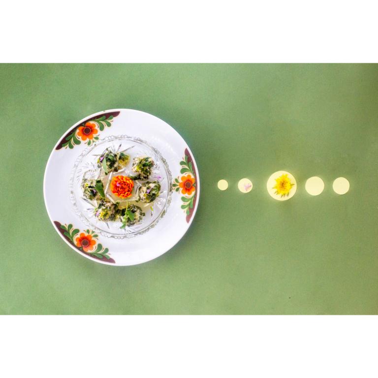 Spinat-Nocken mit Kräuterbutter
