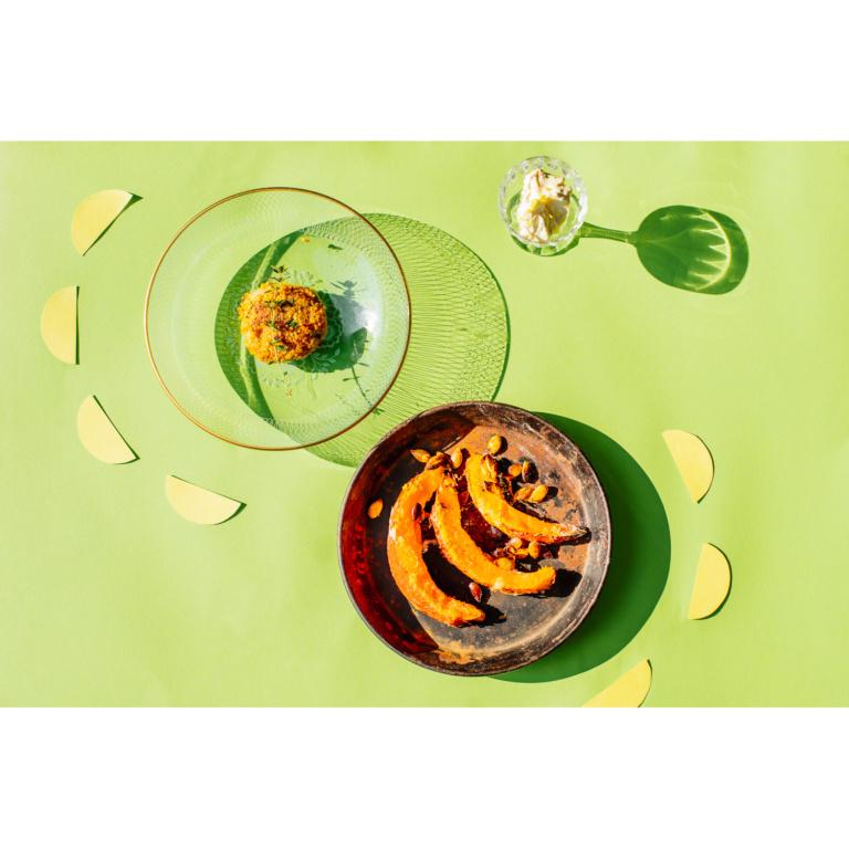 Mören-Hirse-Bratlinge mit Kürbispommes und Zitronenquark